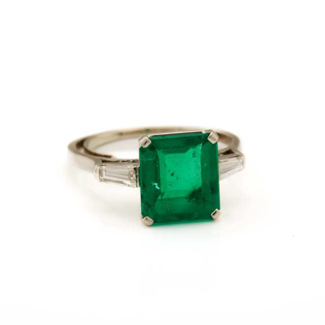 Birks Platinum and Emerald Ring