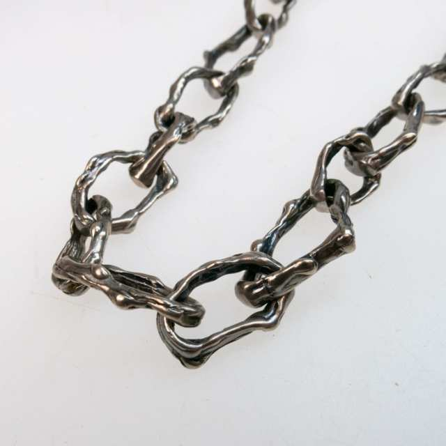Brutalist Abstract Silver Oval Link Endless Chain