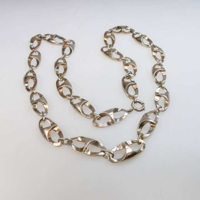 Industria Argentina Sterling Silver Oval Link Chain
