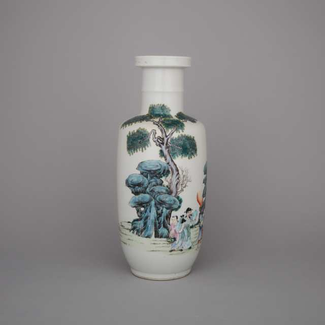 An 'Eight Immortals' Rouleau Vase, Late 19th/Early 20th Century