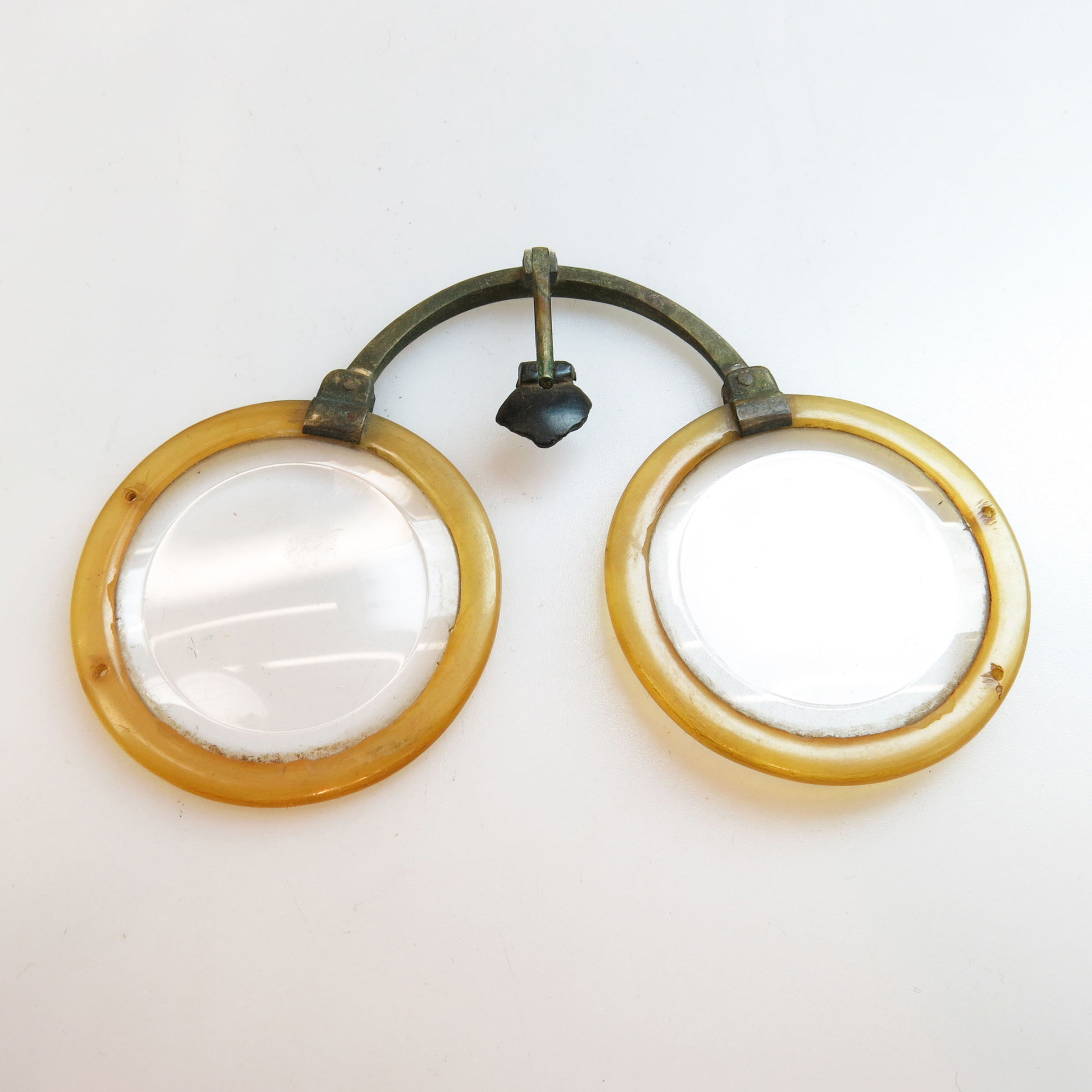 Pair Of 18th Century Chinese Baitong And Horn Spectacles