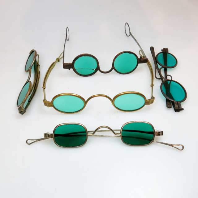 5 Pairs Of 18th & 19th Century Steel And Brass Framed Spectacles