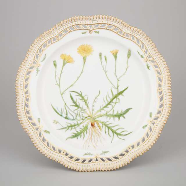 Royal Copenhagen 'Flora Danica' Reticulated Large Plate, 20th century