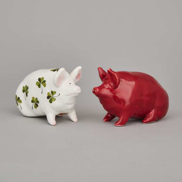 Two Plitchta or Red Wemyss Pigs, 20th century