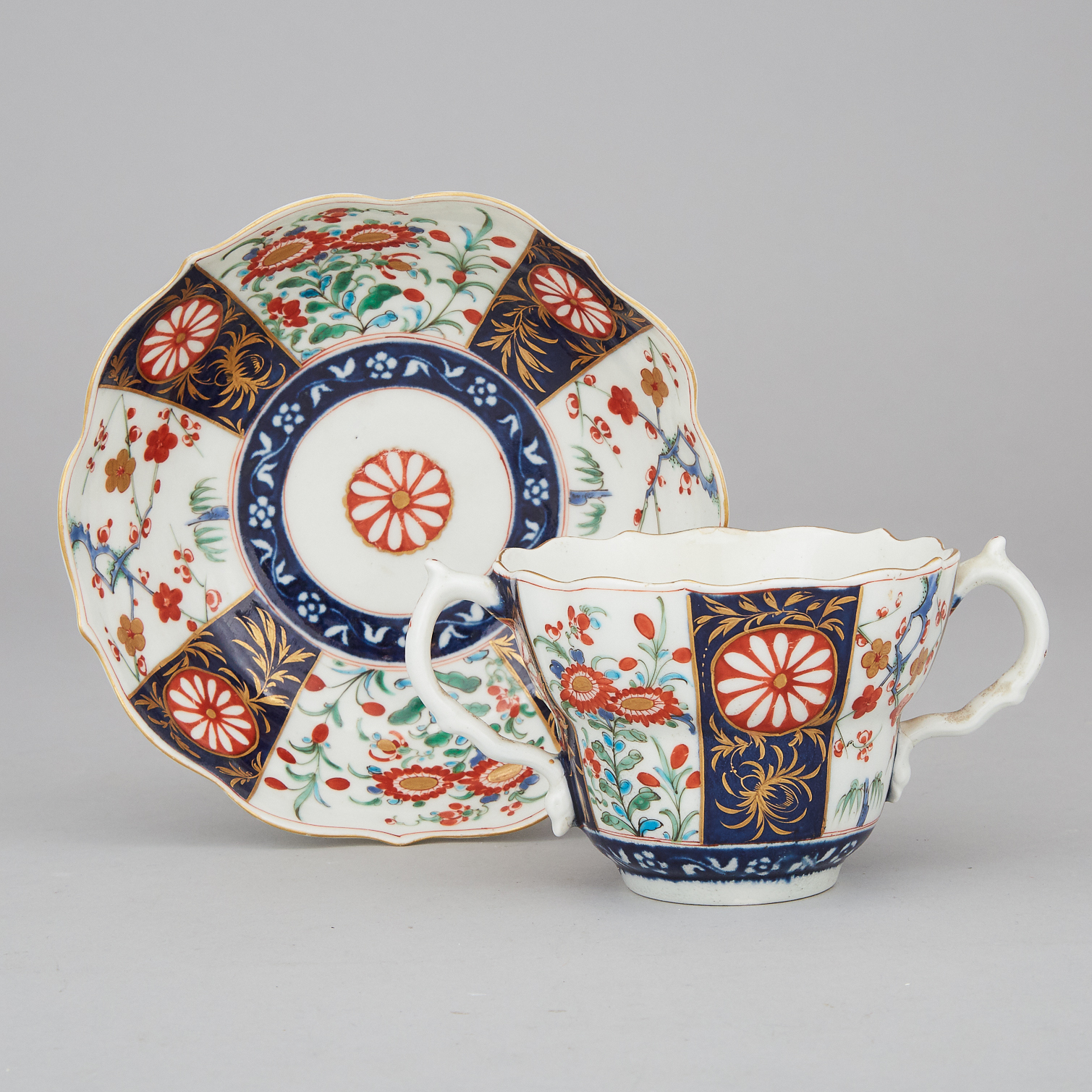 Worcester Queen's Pattern Caudle Cup and Saucer, c.1770