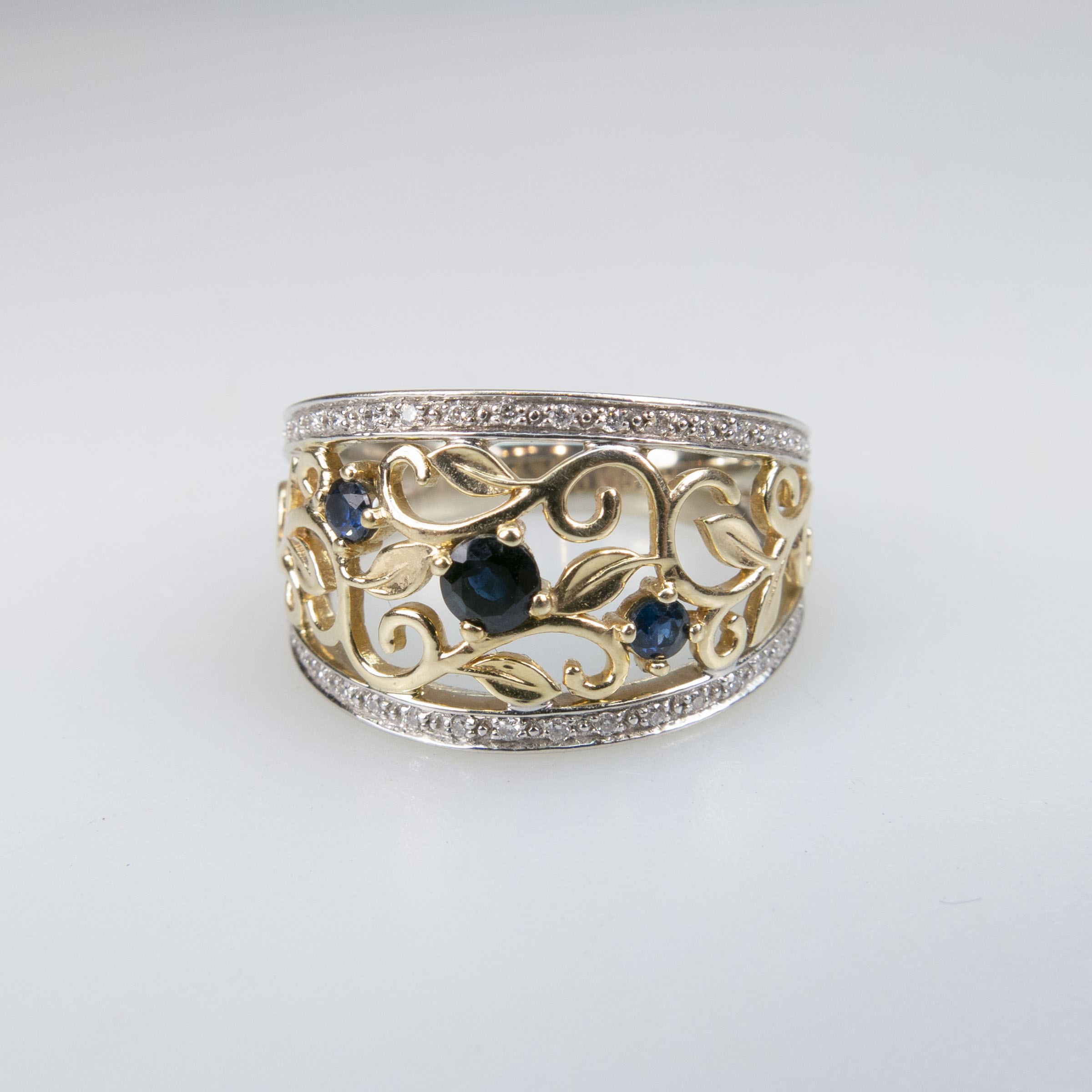 10k Yellow And White Gold Filigree Ring