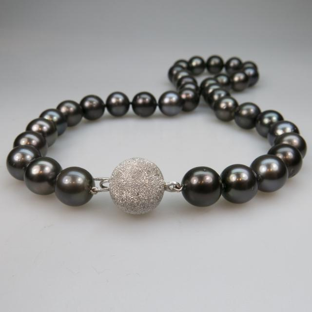 Single Strand Black Pearl Necklace