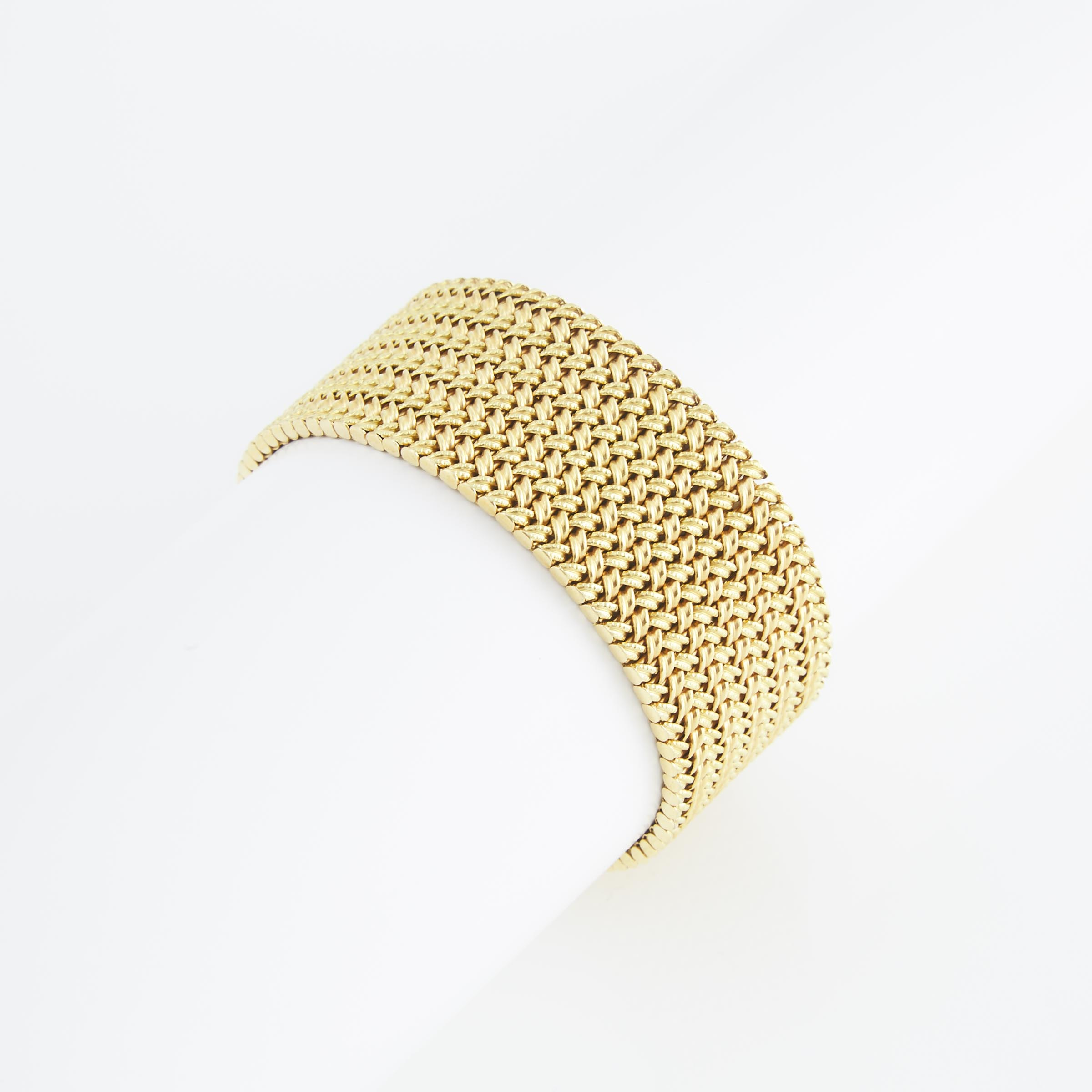 18k Yellow Gold Strap Bracelet