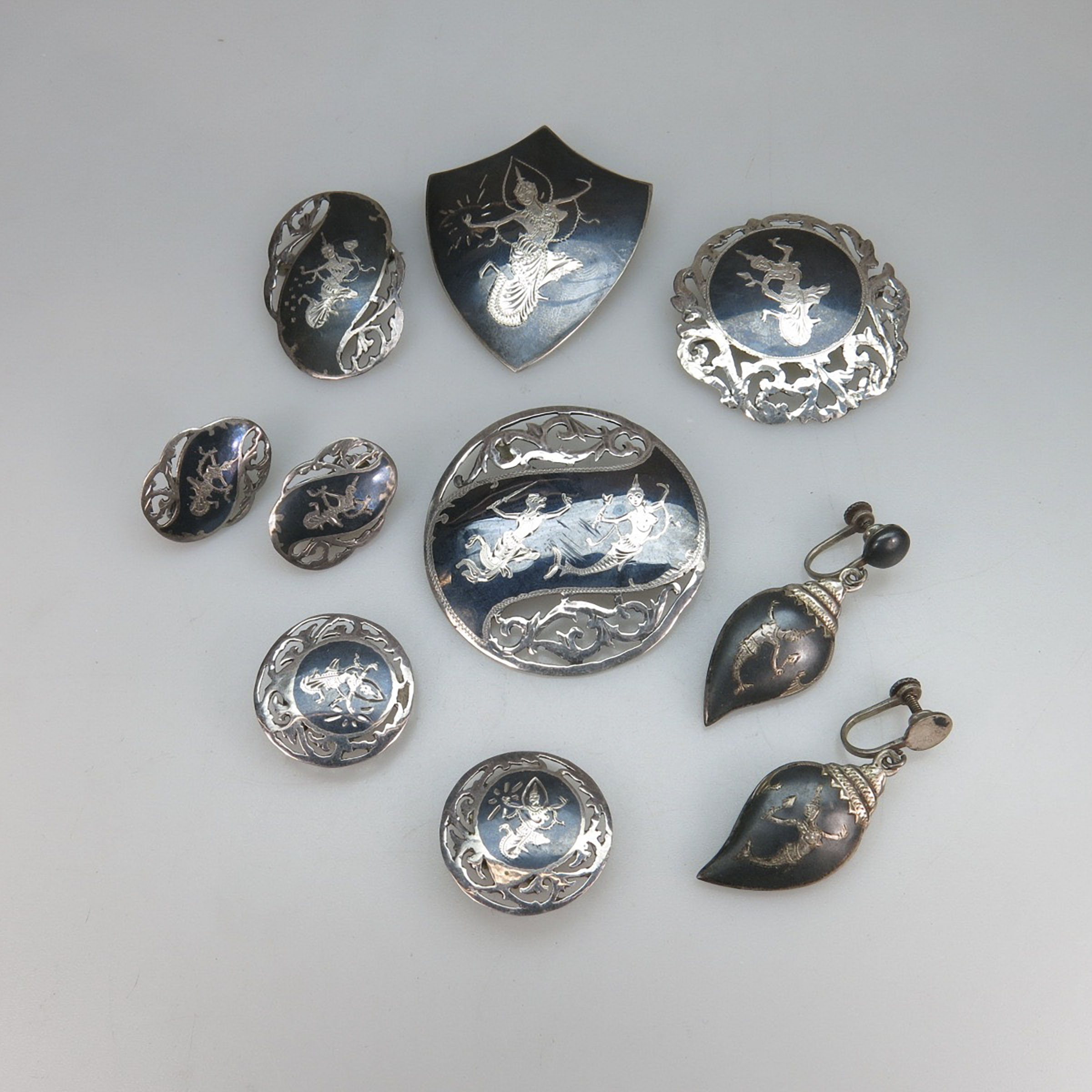 Small Collection Of Siamese Silver Jewellery