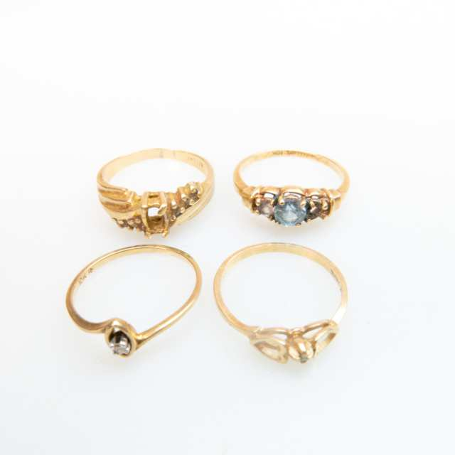Small Quantity Of Various Yellow Gold Jewellery
