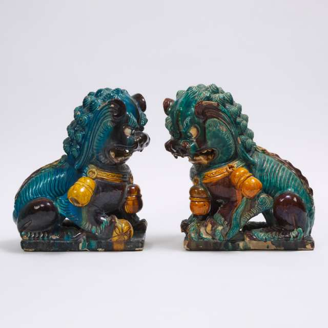 A Pair of Fahua Glazed Guardian Lions, Late Qing Dynasty