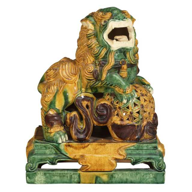 Pair of Sancai Tang-Style Guardian Lions