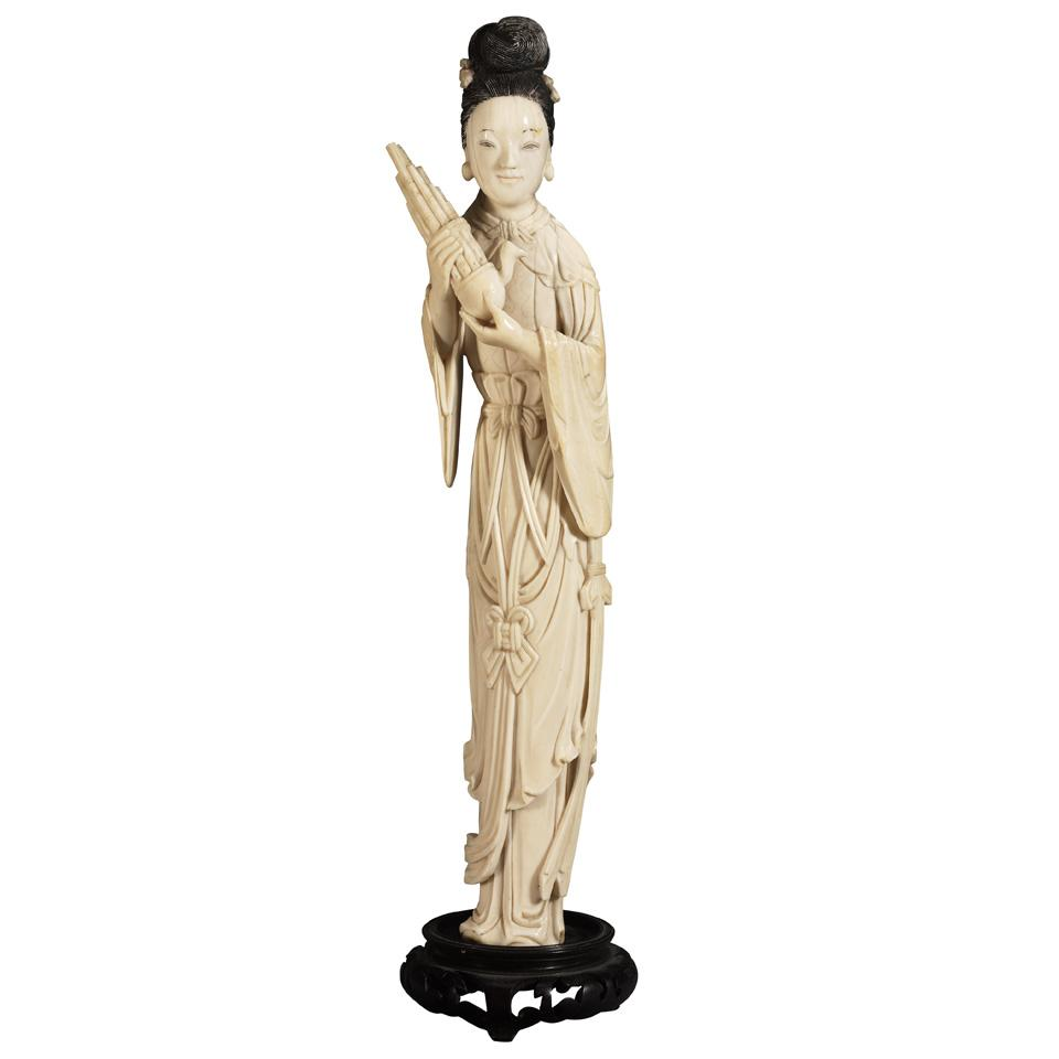 Ivory Carving of a Musician, Late Qing Dynasty
