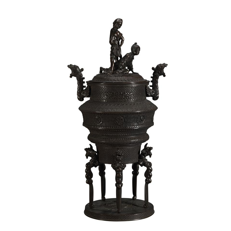 Well-Modeled Bronze Censer and Cover, Meiji Period (1868-1912)
