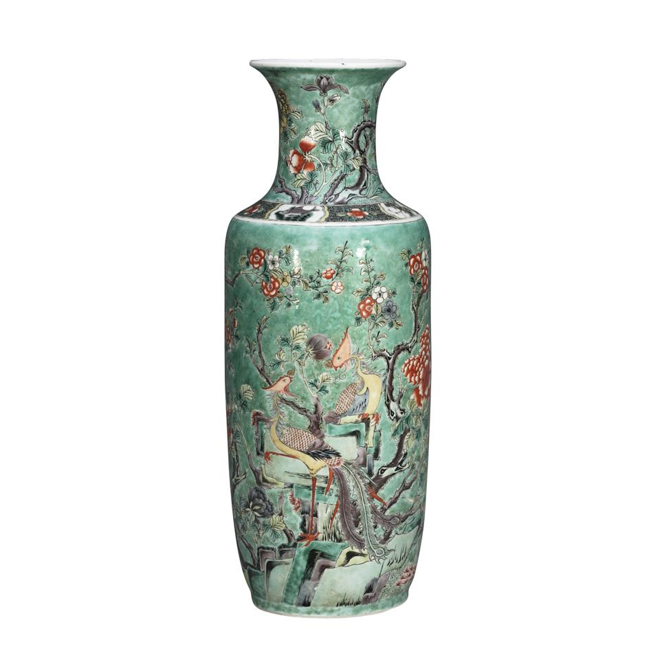 Famille Verte 'Phoenix' Rouleau Vase, Late Qing Dynasty