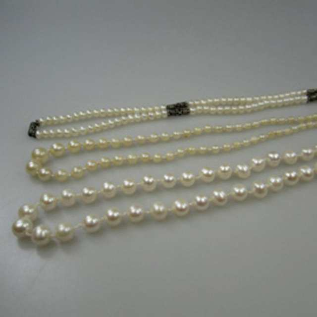 Single Graduated Strand Of Cultured Pearls