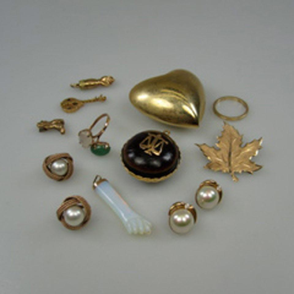Small Quantity Of Gold And Gold-Filled Jewellery