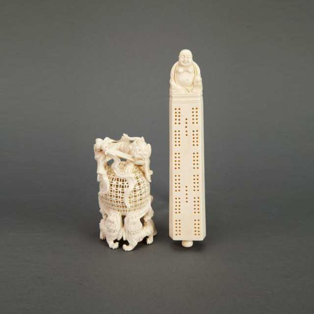 Ivory Cribbage Game Board and Ivory Fu-Lion Stand