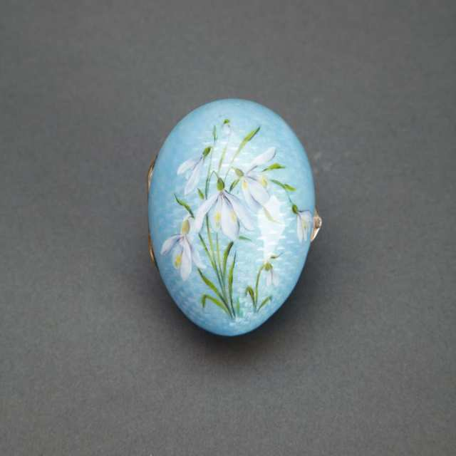 Russian Silver and Painted Pale Blue Translucent Guilloche Enamel Egg, St. Petersburg, 1908-17