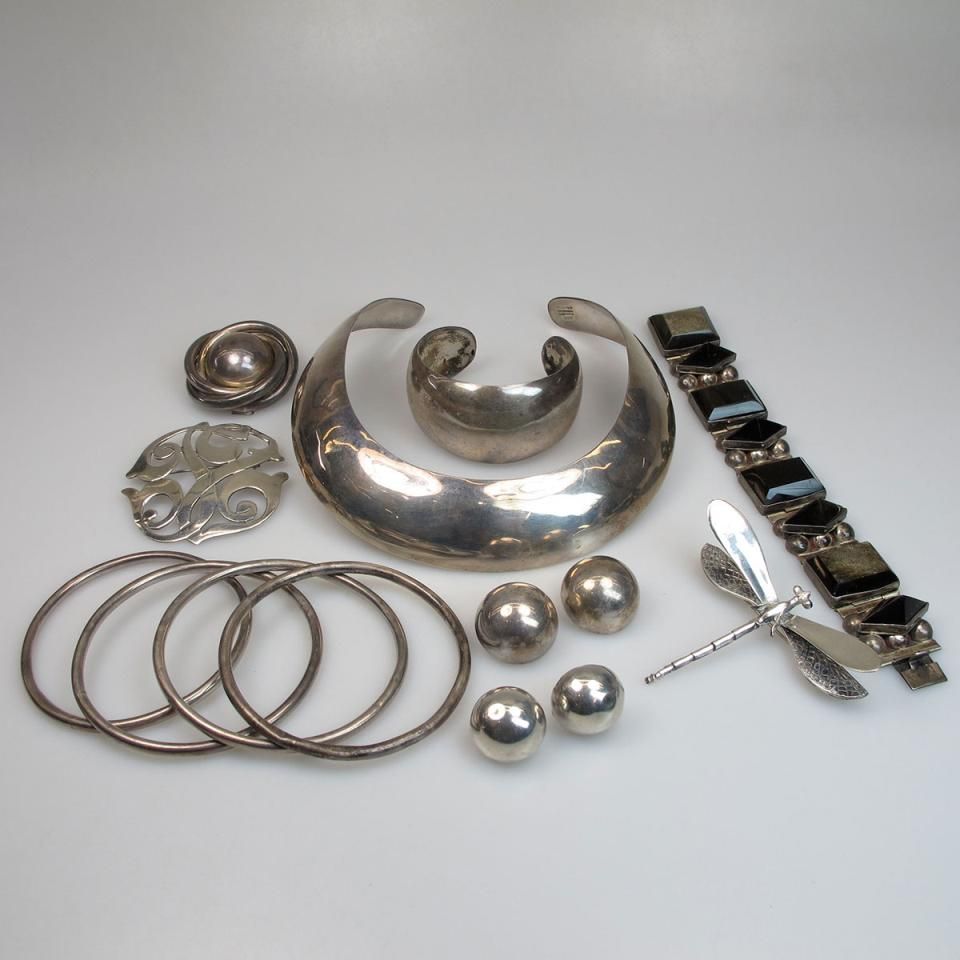 Small Quantity Of Mexican Silver Jewellery