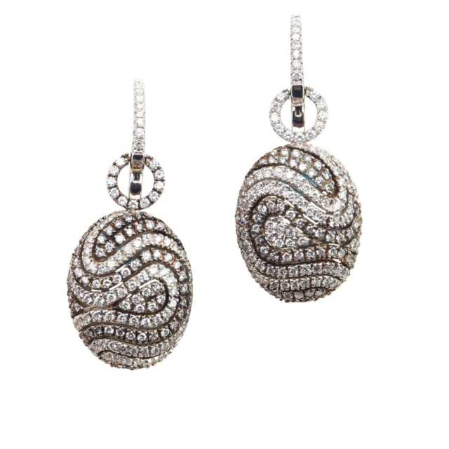 Pair Of Mindham 18k White Gold Drop Earrings