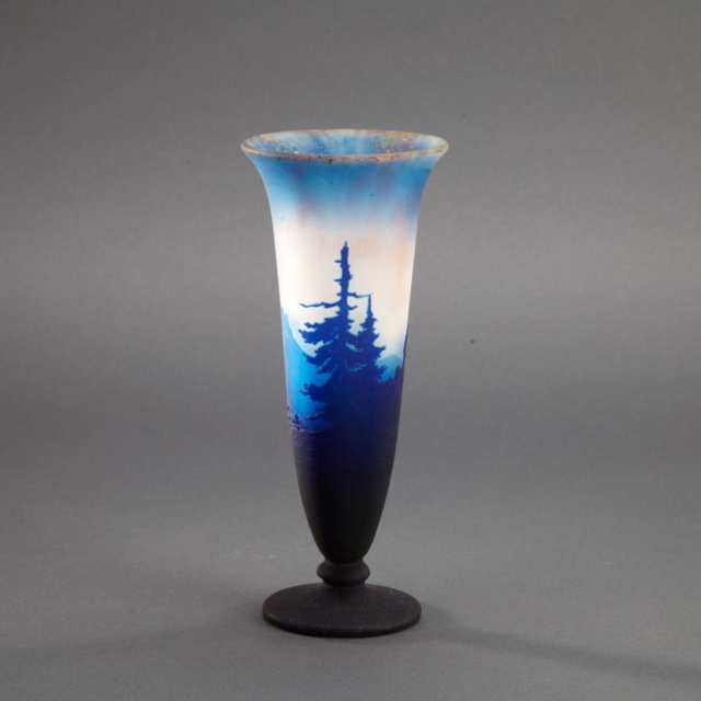 Muller Frères Cameo Glass Landscape Vase, early 20th century