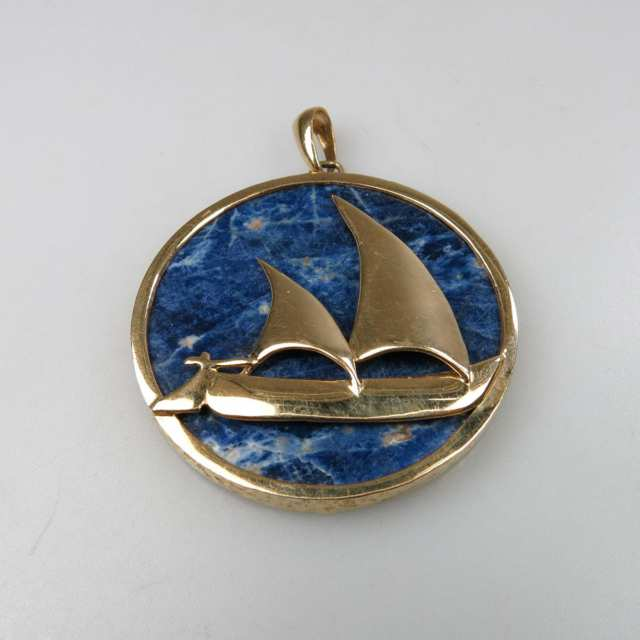 14k Yellow Gold Pendant
