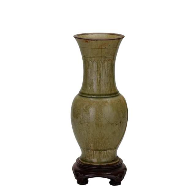 Longquan Baluster Vase, 15th/16th Century