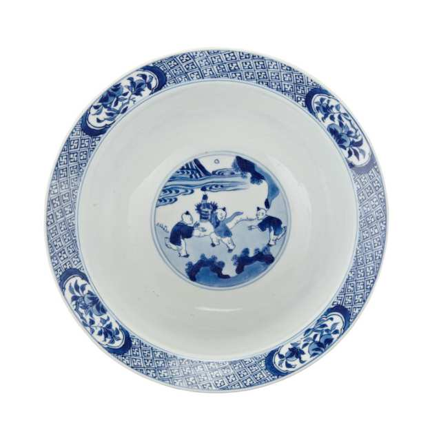 Blue and White Bowl, Kangxi Mark and Period (1662-1722)
