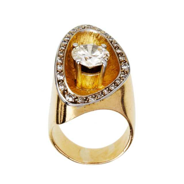 18k Yellow Gold Ring