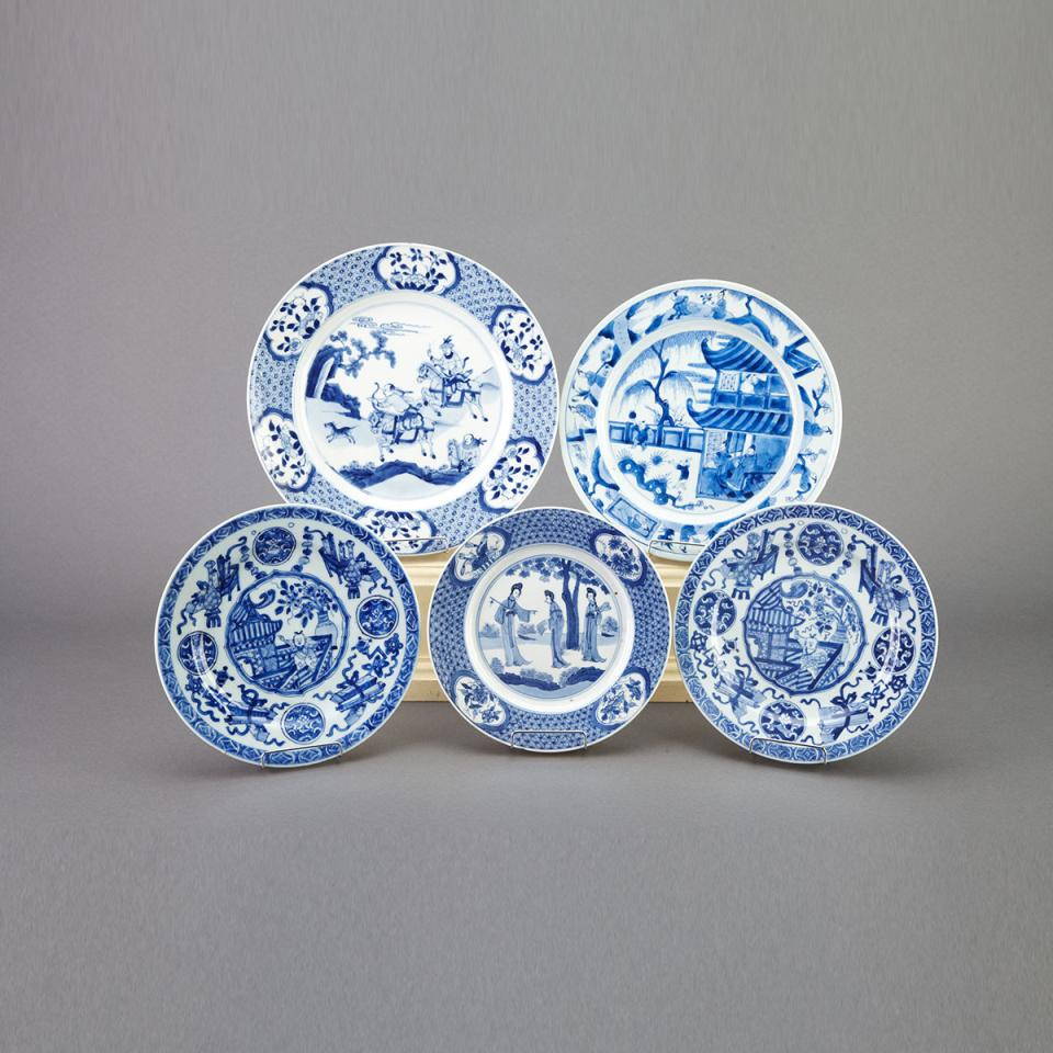 Group of Five Blue and White Figural Plates, Kangxi Period (1662-1722)