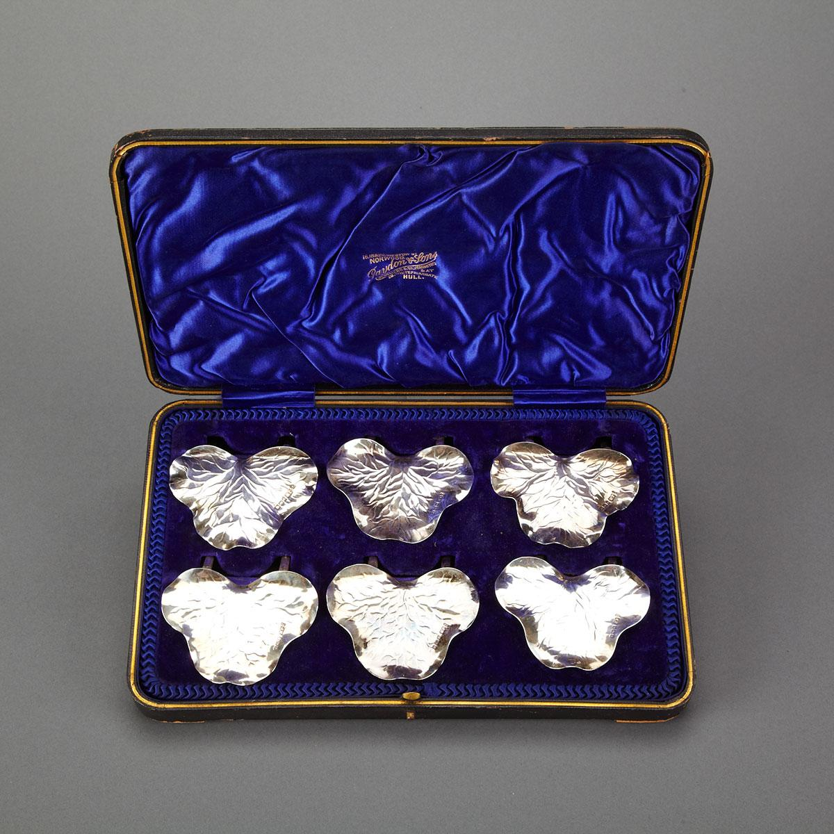 Set of Six Edwardian Silver Leaf Shaped Place Card Holders, Joseph Rodgers & Sons, Sheffield, 1905