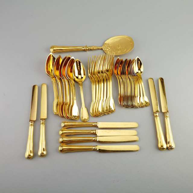 French Gold Plated Fiddle and Thread Pattern Dessert Flatware Service, Christofle, early 20th century