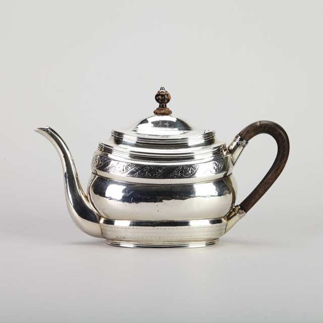 George III Silver Oval Teapot, Robert & David Hennell, London, 1800