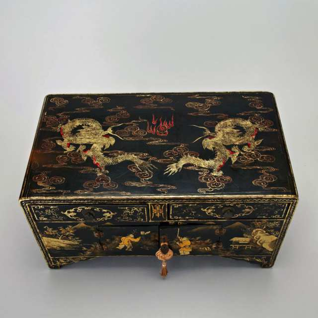 Black Lacquer 'Dragon' Storage Box, Early 20th Century