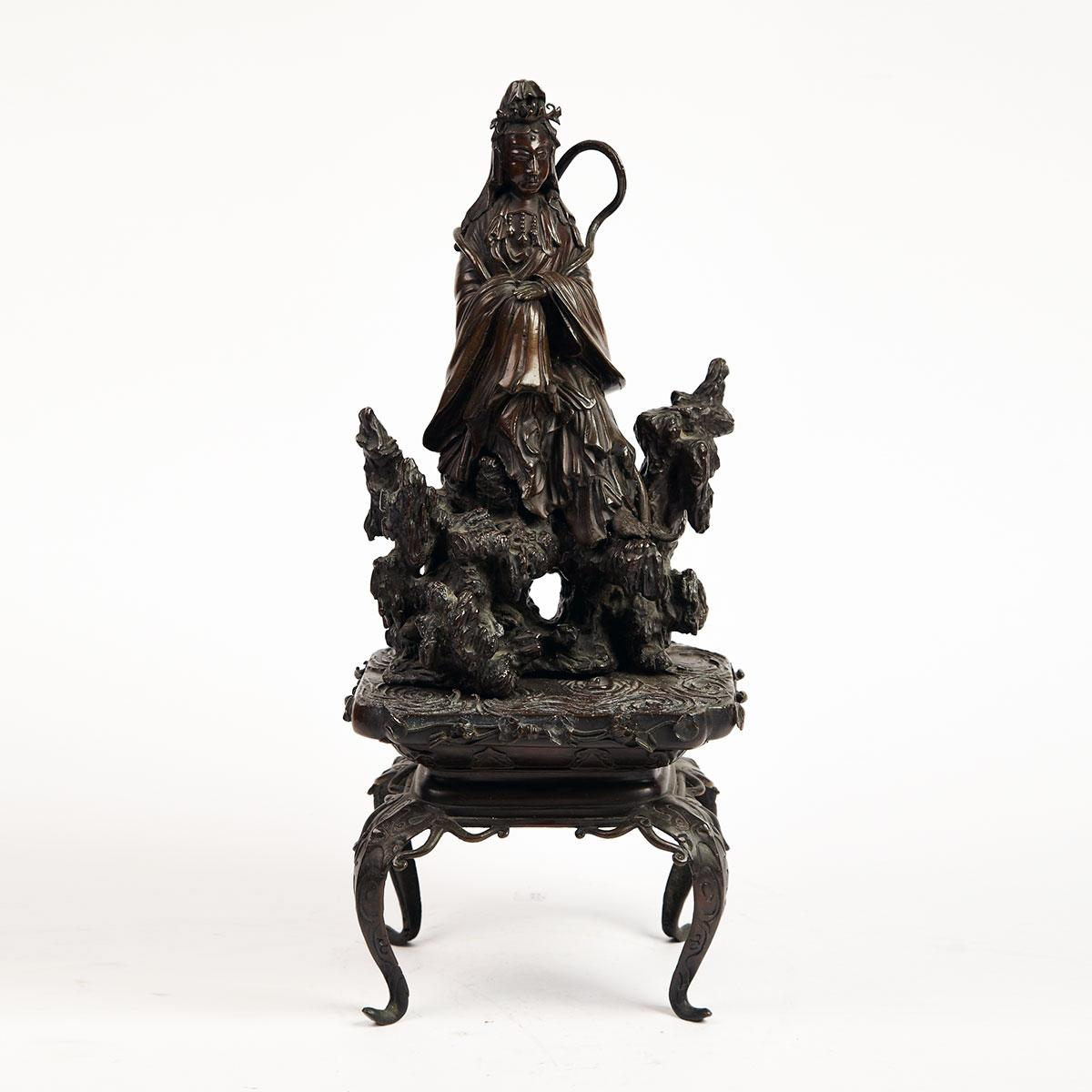 Well-Cast Bronze Figure of Seated Kannon, Meiji Period, Late 19th Century