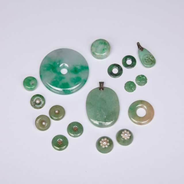 Group of Seventeen Jadeite Pieces
