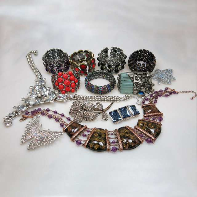 Large Quantity Of Various Costume Jewellery