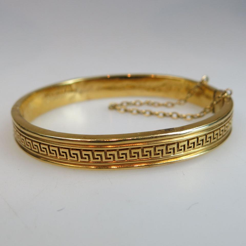 19th Century 18k Yellow Gold Hinged Bangle