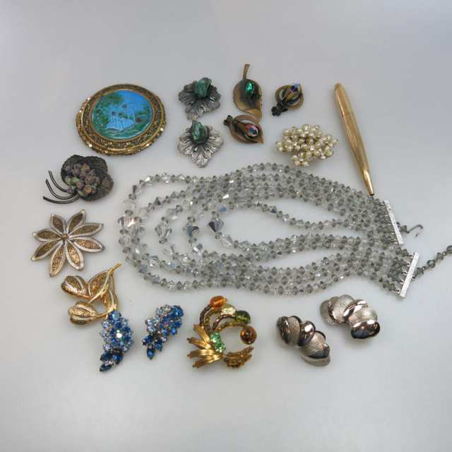 Quantity Of Costume Jewellery And Faux Pearls