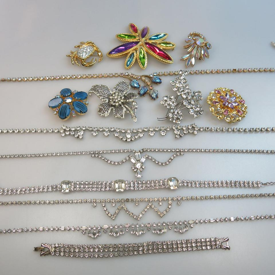 Quantity Of Costume Jewellery