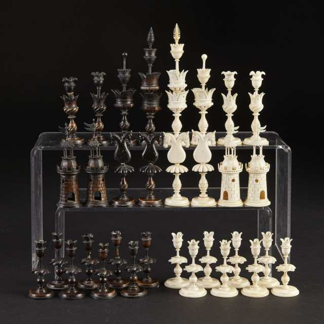 German Turned and Carved Ivory and Bone 'Selenus' Type Chess Set, early 19th century