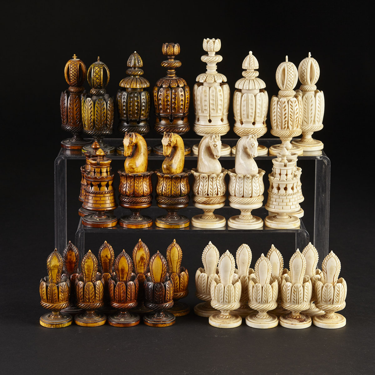 Turned and Carved 'Spanish Pulpit' Chess Set, c.1800