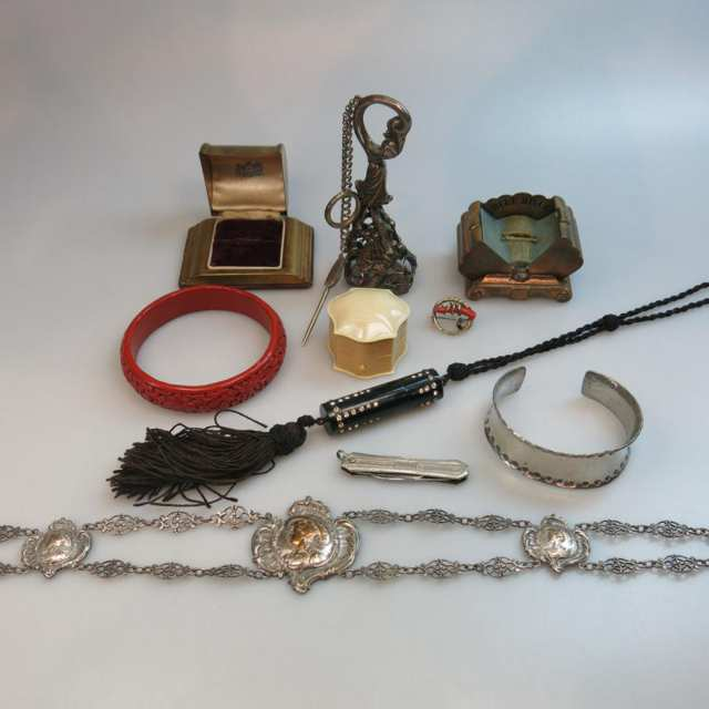 Small Quantity Of Jewellery And Accessories