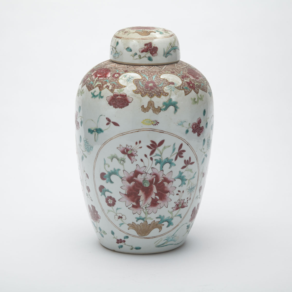 Export Famille Rose Ginger Jar and Cover, 19th Century