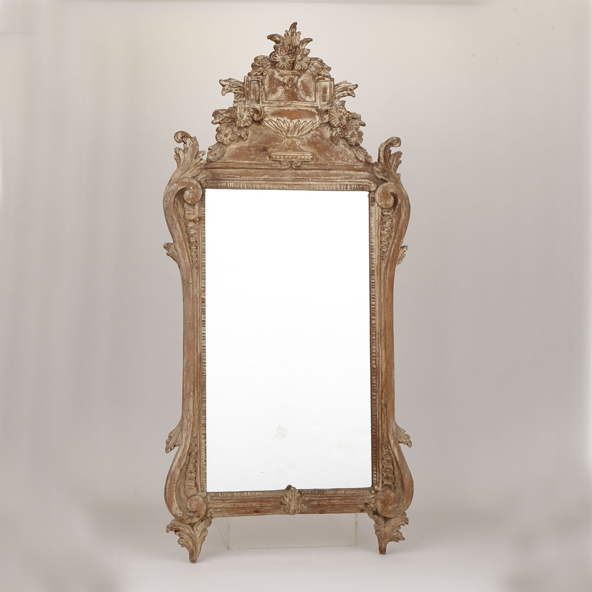 Italian Neoclassical Style Carved Mirror, early 20th century