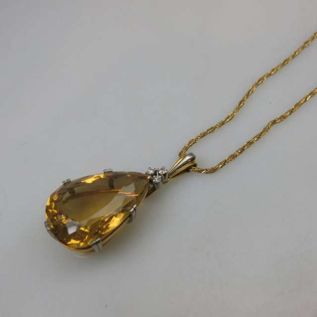 18k Yellow And White Gold Pendant