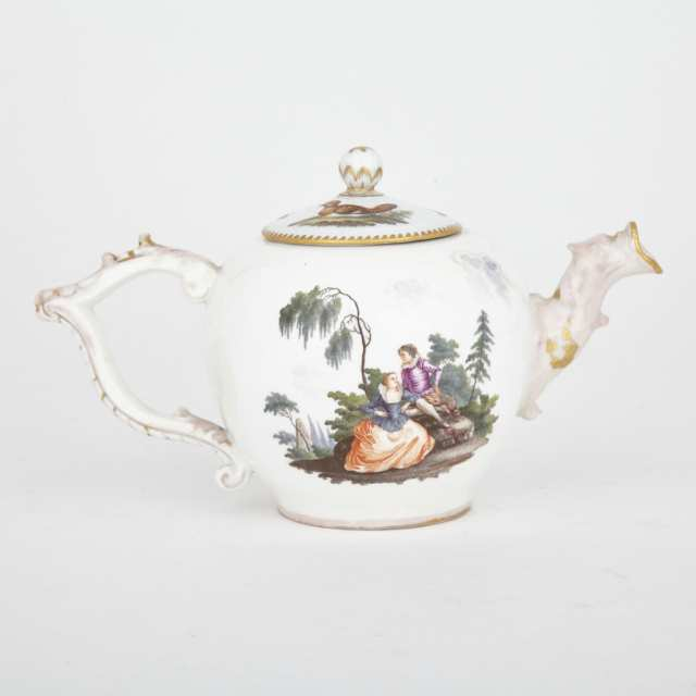 Meissen Teapot with a Cover, 18th/19th century