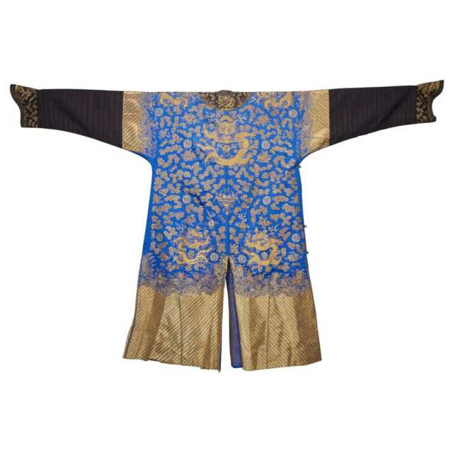 A Chinese Silk Embroidered Dragon Robe, Early 20th Century
