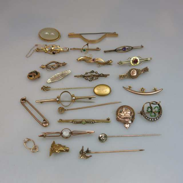Quantity Of Various Gold Pins